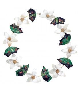 Garland necklace