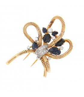 Sapphires, diamonds and gold brooch