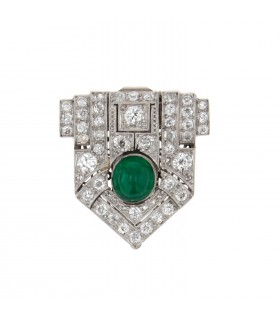 Emerald, diamonds and platinum brooch