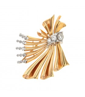 Diamonds and gold brooch
