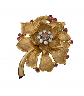 Rubies, diamonds and gold brooch