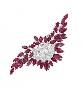 Broche platine, diamants et rubis
