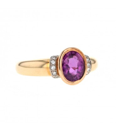 Diamonds, pink sapphire and gold ring