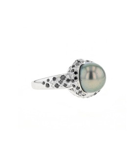Mauboussin Perle Caviar Mon Amour diamonds and gold ring