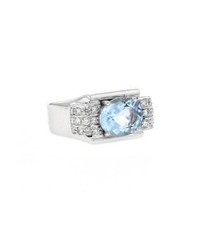Diamonds, aquamarine and gold ring