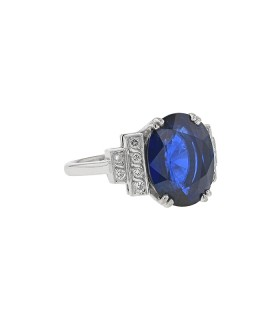 Diamonds, sapphire and gold ring