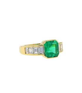 Bague or, diamants et émeraude