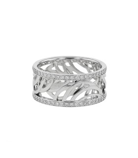 De Beers Aria diamonds and gold ring
