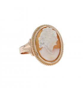 Cameo and gold ring