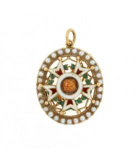 Enamel and gold pendant