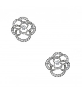 Chanel Camélia diamonds and gold earrings