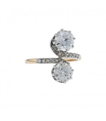 Diamonds, gold and platine ring
