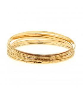 7 Bracelets or